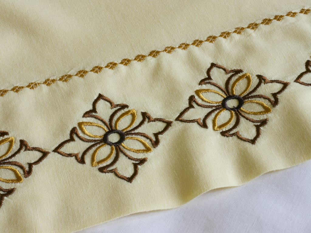 machine embroidery designs for pillow cases